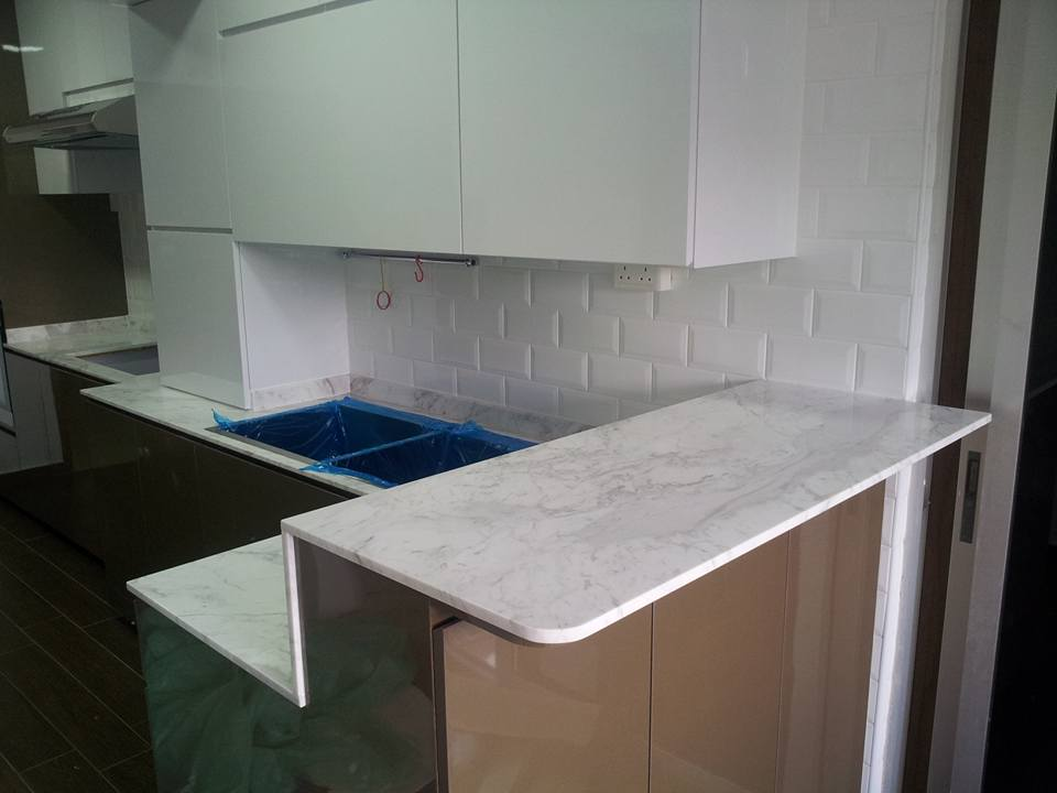 Kitchen Top - White Volakas